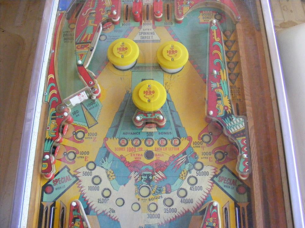 Williams 1976 'Aztec' Middle Playfield Day One