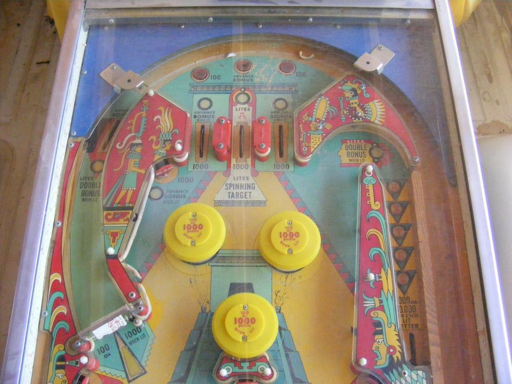 Williams 1976 'Aztec' Upper Playfield Day One