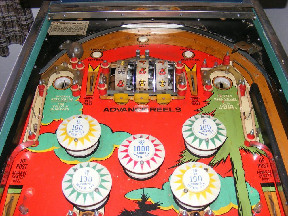 Williams 1971 'Klondike' Playfield Plastics Removed